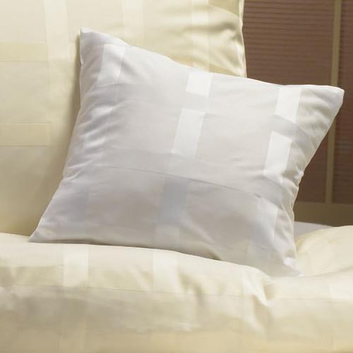 Karo Bettwäsche gewebt in den Farbe weiss und sekt